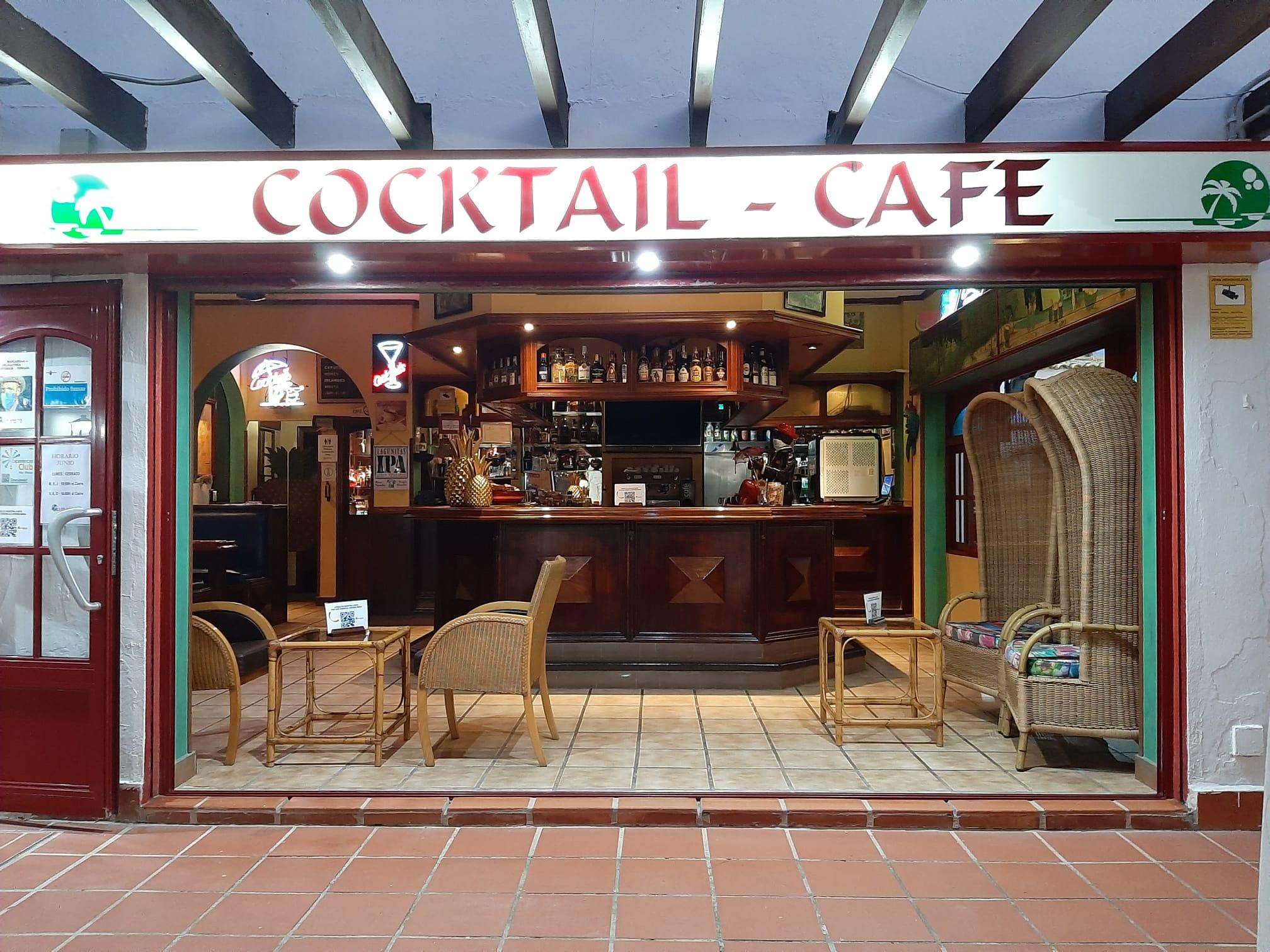 van-gogh-pub-interior-panoramico